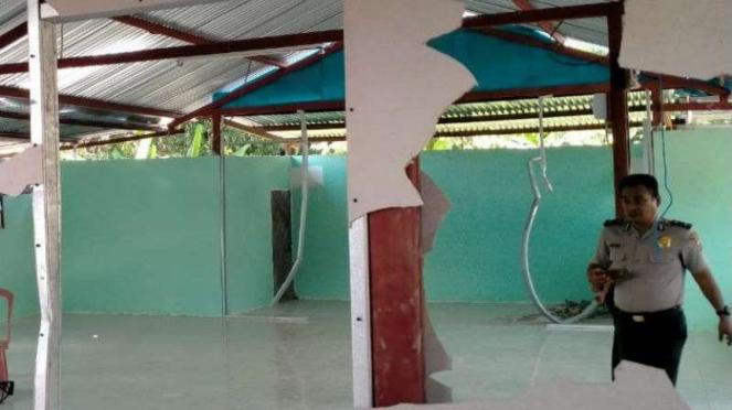 Perusakan musala di Kabupaten Minahasa Utara, Sulut.