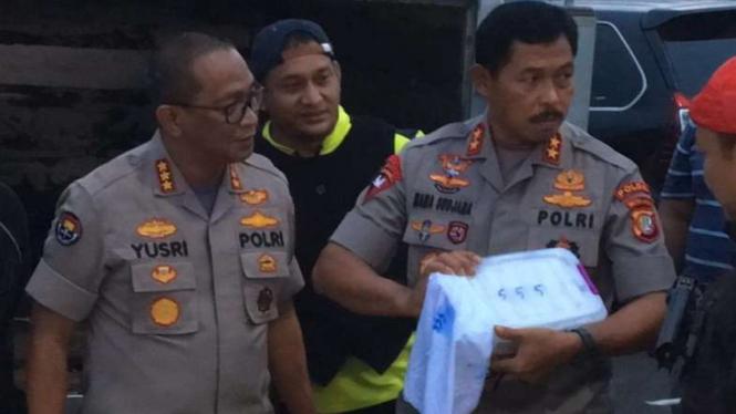 Kapolda Metro Jaya Irjen Pol Nana Sudjana dan tim gagalkan penyelundupan sabu.