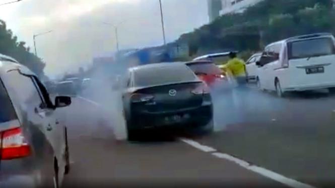 Kecelakaan mobil Mazda