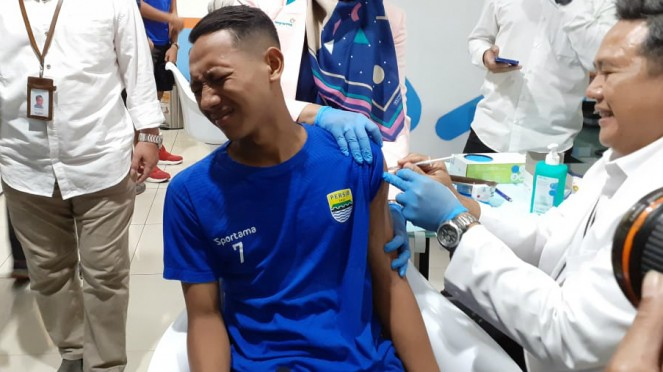Pemain Persib Bandung, Beckham Putra jalani vaksinasi influenza