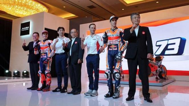 Duo pembalap MotoGP Repsol Honda, Alex dan Marc Marquez saat berada di Indonesia