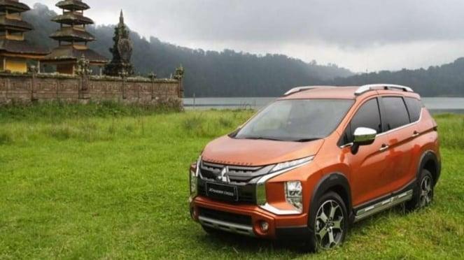 Mitsubishi Xpander Cross diuji jalan di Pulau Dewata