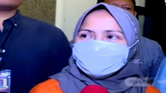 Zikria Dzatil, perempuan yang ditetapkan sebagai tersangka penghina Wali Kota Surabaya Tri Rismaharini alias Risma.