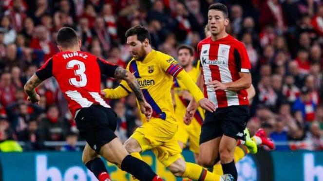 Megabintang Barcelona, Lionel Messi, dalam laga kontra Athletic Bilbao