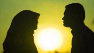 Kesuksesan Seorang Suami Terletak Dalam Doa Istri Salehah