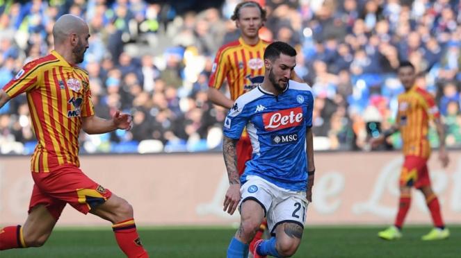 Duel Napoli vs Lecce di Serie A 2019/20