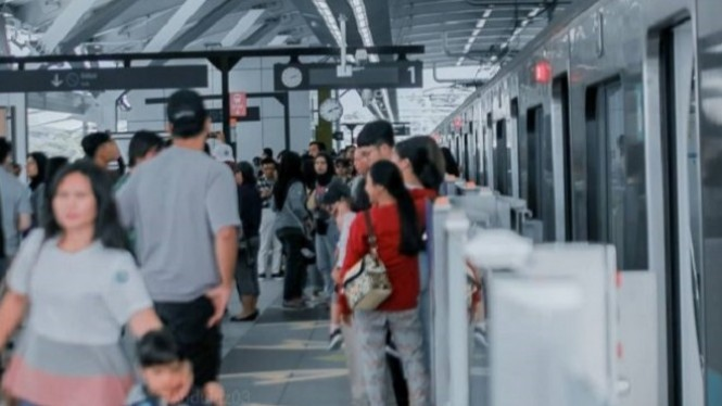 MRT Jakarta, Image By IG : @abdulaz03_