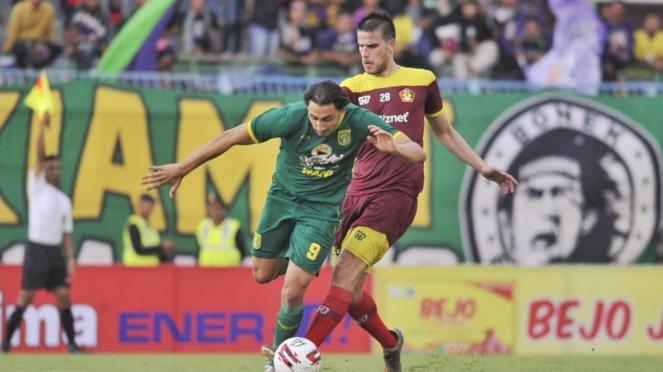 Duel Persebaya vs Persik Kediri di Piala Gubernur Jatim 2020
