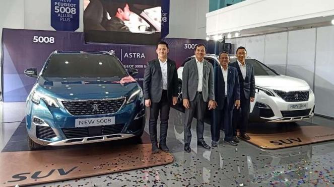 Merek otomotif Prancis, Peugeot meluncurkan dua produk SUV baru di Indonesia