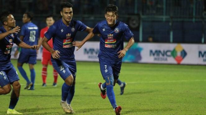 Arema FC di laga melawan Sabah FA