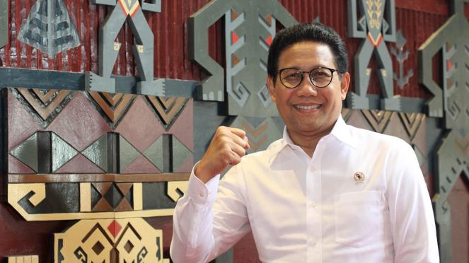 Menteri Desa Pembangunan Daerah Tertinggal dan Transmigrasi Abdul Halim Iskandar
