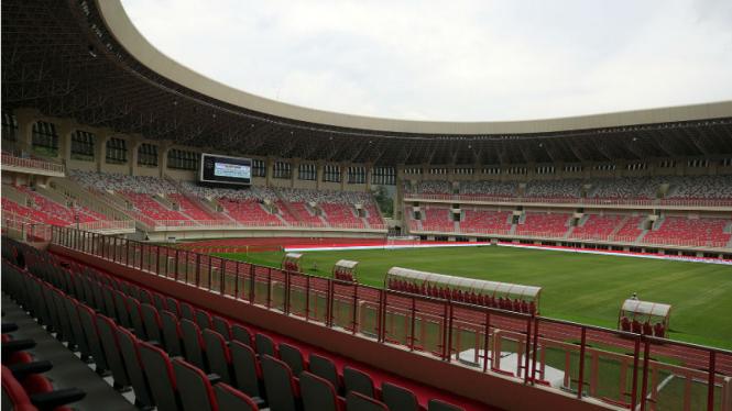 Bangku di Stadion Utama Papua Bangkit yang jadi lokasi utama PON Papua 2020. Pelaksanaan PON Papua akhirnya ditunda ke tahun 2021 karena wabah virus corona.