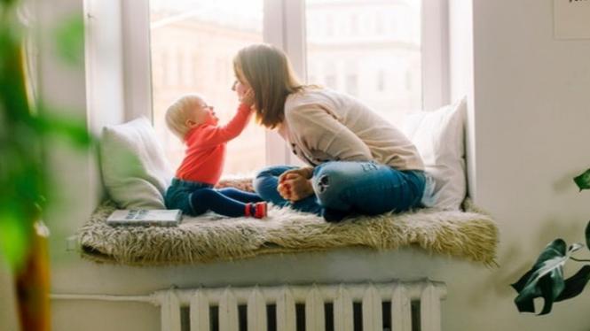 Anak dan ibu.