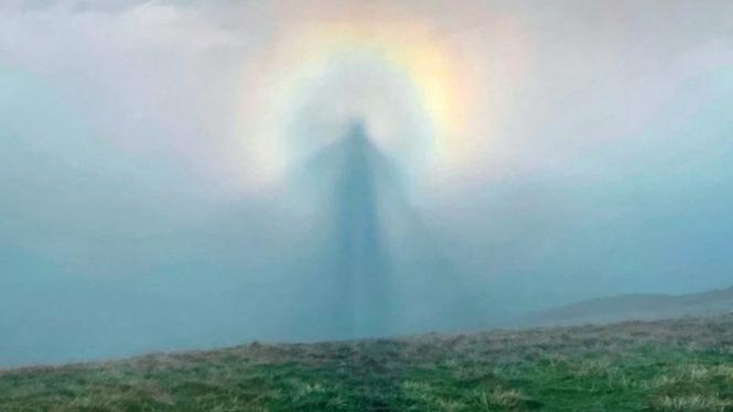 Fenomena Brocken Spectre di Inggris