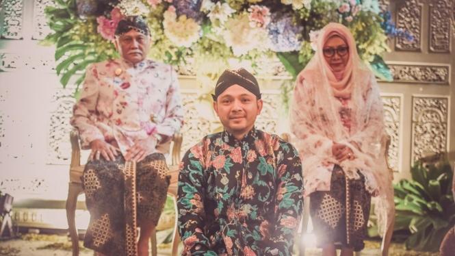 Danny dengan Indra Rukmana dan Tutut Soeharto.
