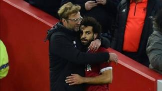 Manajer Liverpool, Juergen Klopp, dan bintang Liverpool, Mohamed Salah.