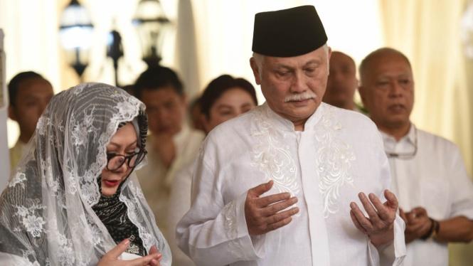 Tutut Soeharto (kiri) dan Indra Rukmana.