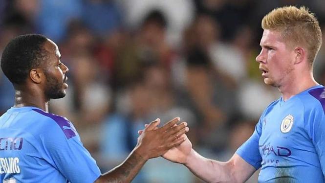Dua bintang Manchester City, Raheem Sterling dan Kevin De Bruyne