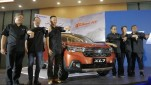 https://thumb.viva.co.id/media/frontend/thumbs3/2020/02/17/5e4a19511b88c-acara-peluncuran-xl7-the-new-extraordinary-suv-di-kawasan-tmii_151_85.jpeg