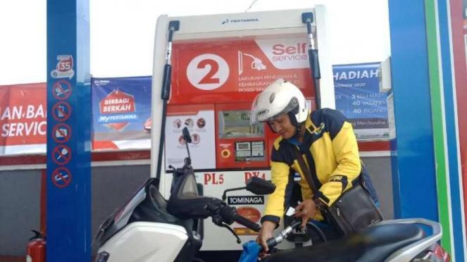 Pengisian BBM Self Service bagi pemotor
