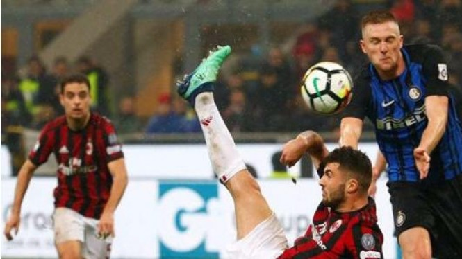 Pertandingan AC Milan kontra Inter Milan di Liga Italia Serie A