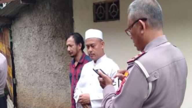 Rumah Ketua Umum PA 212 Slamet Maarif dilempar batu