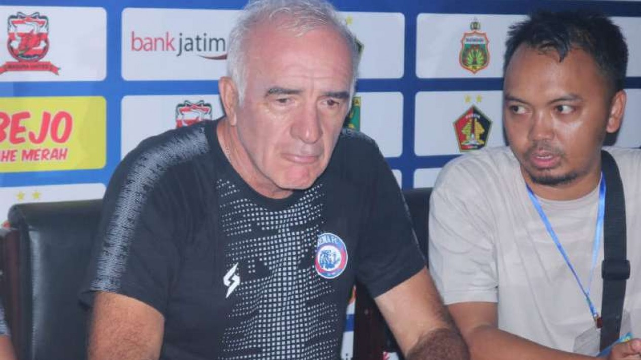 Pelatoh Persebaya Surabaya, Mario Gomez.