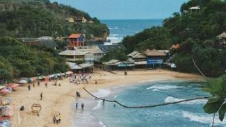 Pantai Pulang Sawal, Jogja