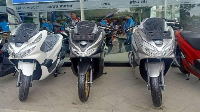Skuter matik Honda PCX