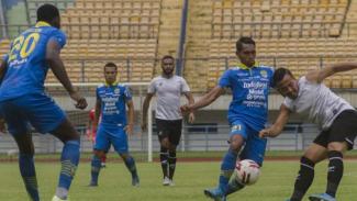 Duel Persib Bandung vs Persikabo 1973.