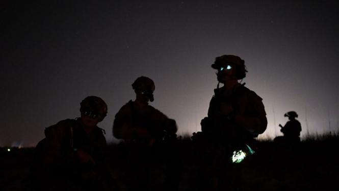 Pasukan Khusus AS saat operasi militer di malam hari.