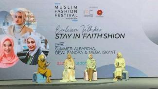 Dewi Sandra menjadi salah seorang pembicara di Stay In Faith'shion
