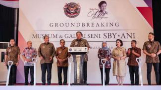 Peletakan batu pertama Museum dan Galeri Seni SBY-ANI di Kabupaten Pacitan, Jawa Timur, pada Sabtu, 22 Februari 2020.
