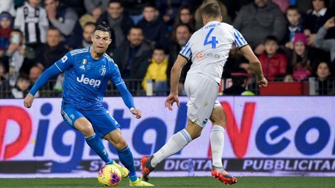 Megabintang Juventus, Cristiano Ronaldo saat melawan SPAL