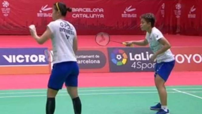 Ganda putri Indonesia, Greysia Polii/Apriyani Rahayu di Spain Masters 2020.