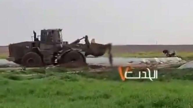 Biadab, Tentara Israel Seret Mayat Warga Palestina Pakai Buldoser