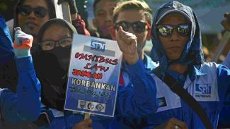 Ilustrasi kalangan buruh menolak Omnibus Law RUU Cipta Kerja