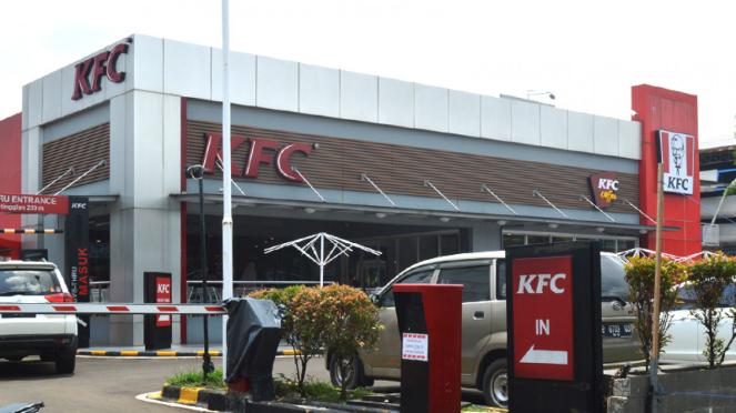Resto cepat saji KFC (Kentucky Fried Chicken fastfood)