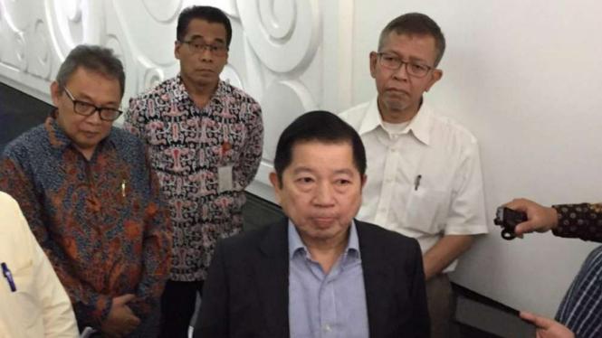Menteri PPN/Kepala Bappenas, Suharso Monoarfa di Kantornya.