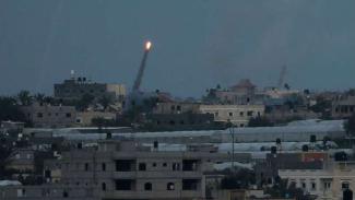 Roket milisi yang ditembakkan ke wilayah Israel dari Gaza.
