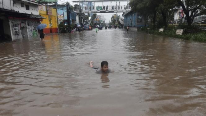 Banjir terjadi di beberapa wilayah Jakarta. (ilustrasi)