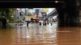 Ilustrasi banjir terjadi di beberapa wilayah Jakarta