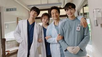 Dr. Romantic Kim 2
