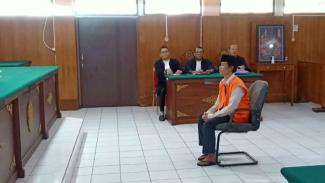 Sugeng Santoso, terdakwa pembunuhan disertai mutilasi seorang wanita di Pasar Besar Kota Malang divonis hukuman penjara 20 tahun oleh majelis hakim Pengadilan Negeri Kota Malang, Rabu, 26 Februari 2020.