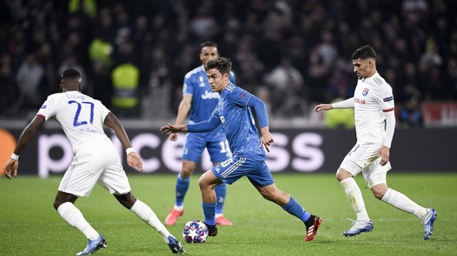 Pertandingan Lyon vs Juventus