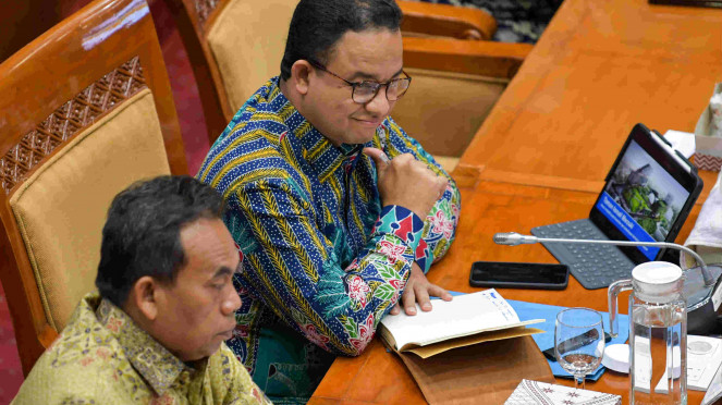 Gubernur DKI Anies Baswedan di DPR