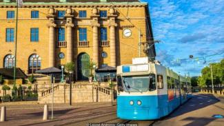 Kota terbesar kedua Swedia berambisi membuat seluruh transportasi publiknya bertenaga listrik pada 2030. - Leonid Andronov/Getty Images