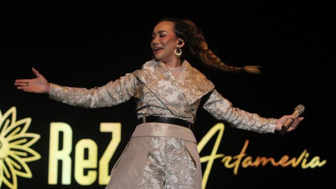 Reza Artamevia Pukau Panggung Java Jazz Festival 2020