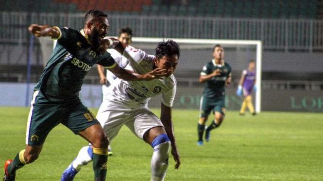 Duel Tira Persikabo vs Arema FC diLiga 1 2020.