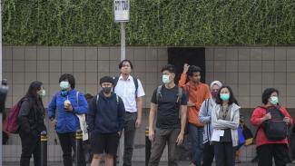 Pakai masker sebagai antisipasi wabah Virus Corona.